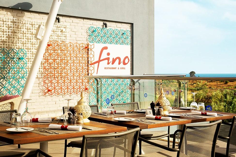 Fino Restaurant & Grill har nu en bedre beliggenhed på tagterrassen med skøn udsigt