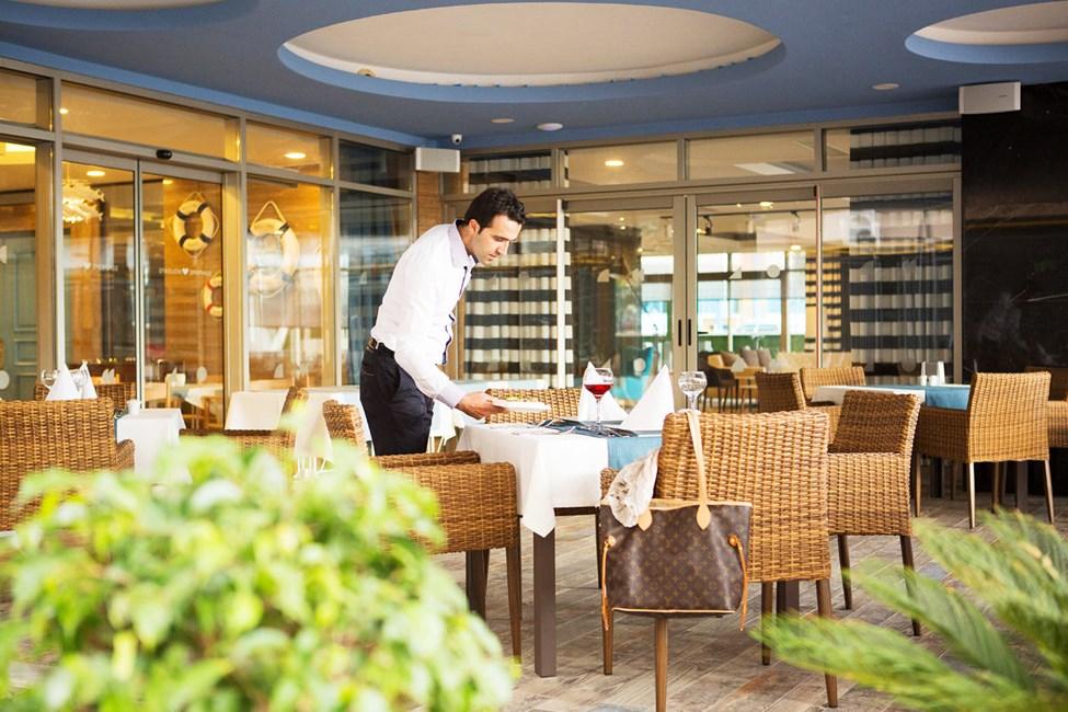 Sunprime Restaurants hyggelige udendørsservering