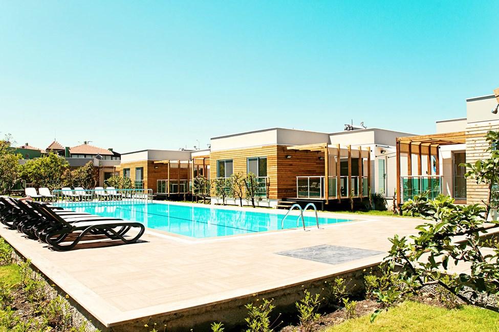 3-værelses lejlighed af højere standard i villa