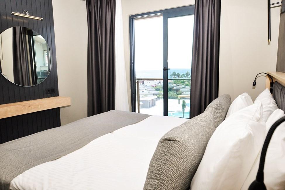 2-værelses lejlighed med balkon og havudsigt