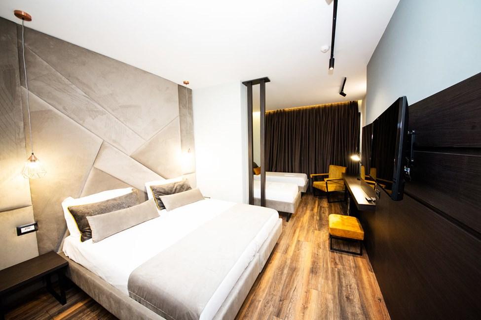 Dobbeltværelse med balkon i stueplan og ekstra opredning