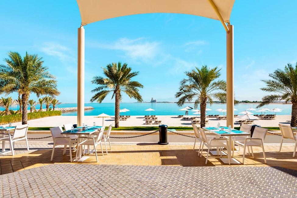 En af hotellets strandbarer