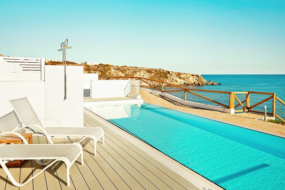 Royal Pool Suiter med direkte adgang til privat, delt pool