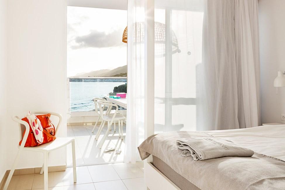 3-værelses Royal Family Suite til 5 personer med stor balkon med havudsigt i Afrodite