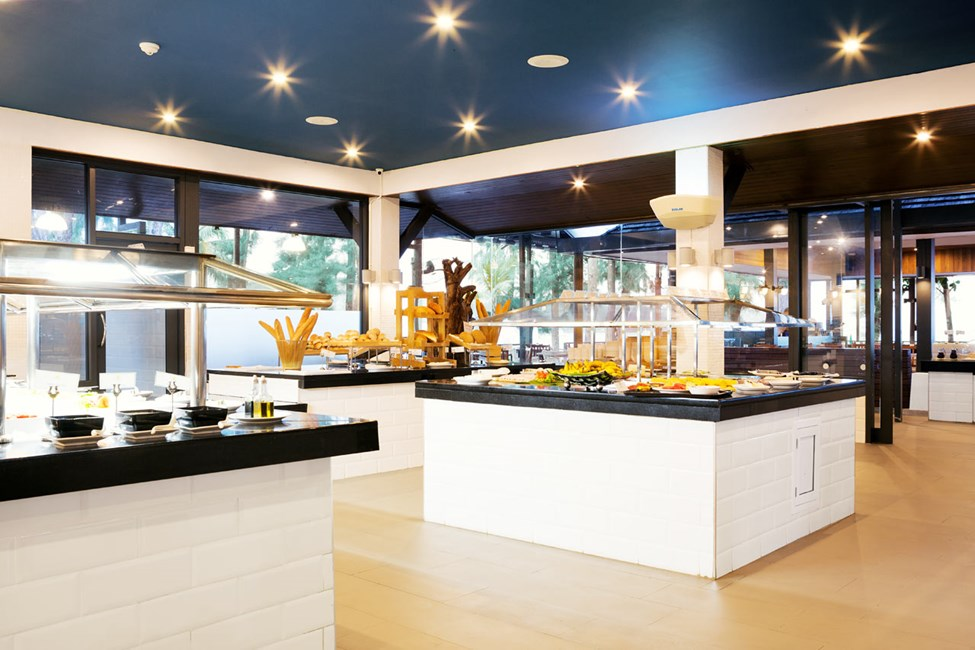 I Piak's Kitchen er der et stort udvalg af mad og drikke