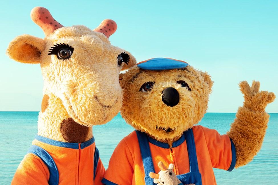 På hotellet arrangeres masser af børneaktiviteter og eventyr sammen med Lollo & Berni