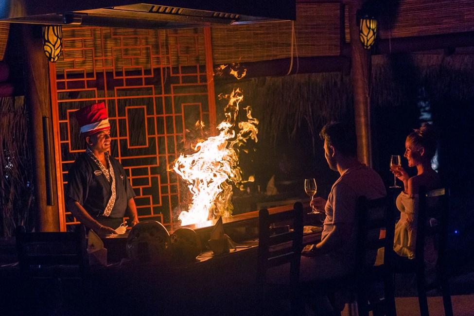 Restaurant med teppanyaki og asiatiske retter