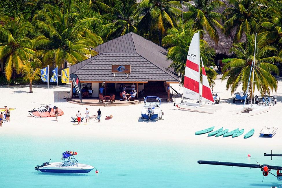 Det er muligt at prøve f.eks. wakeboard, vandski og kiteboard