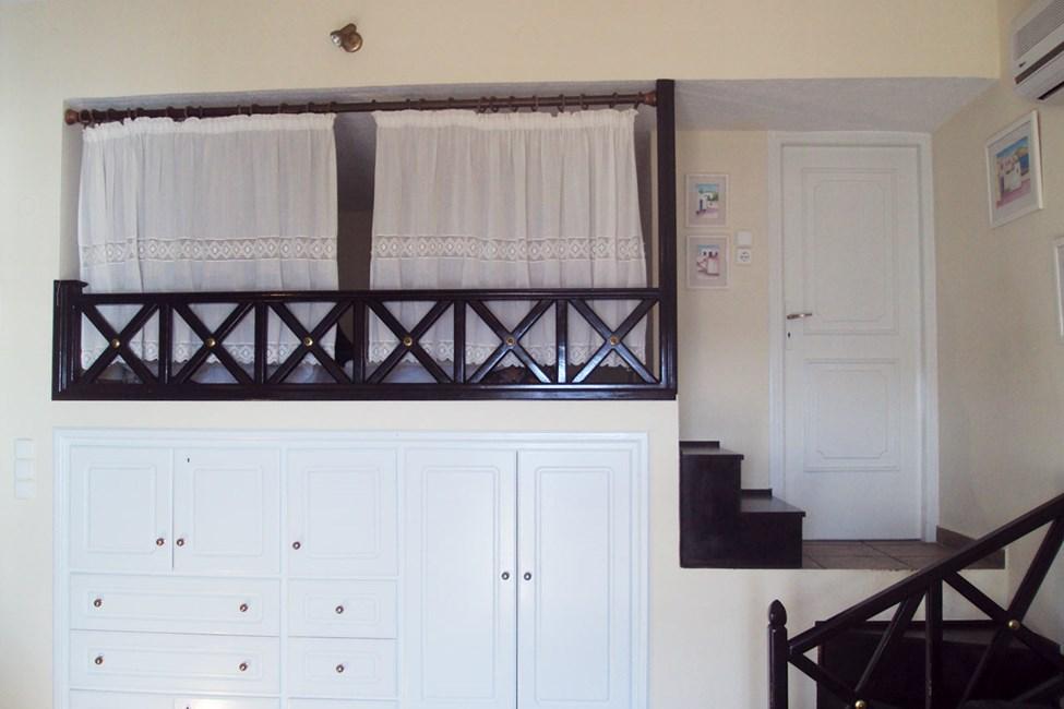 2-værelses lejlighed med ekstra opredning bag gardinerne