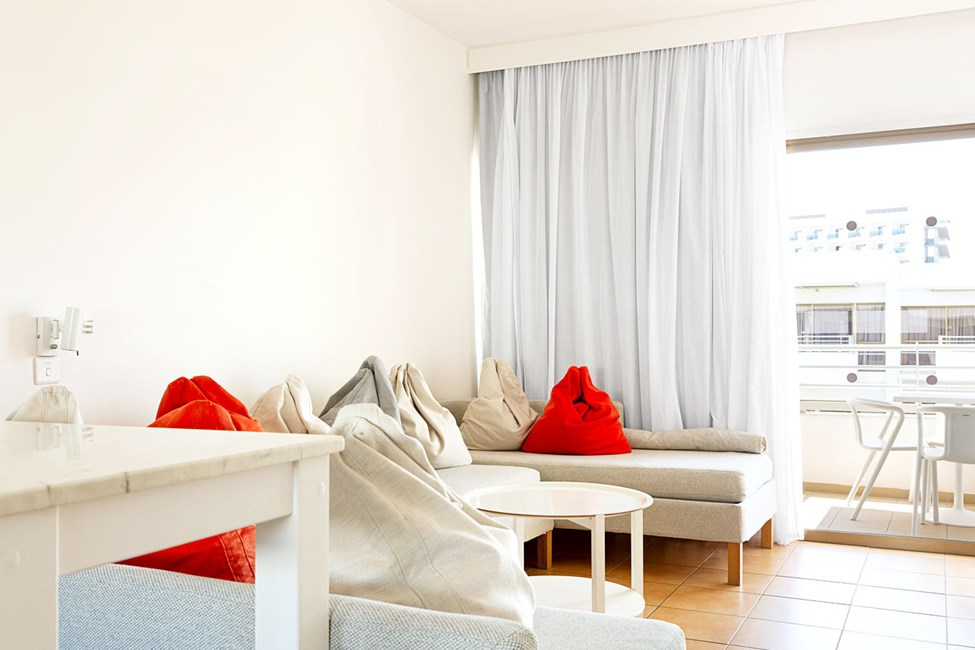 2-værelses Family-lejlighed med balkon mod omgivelserne