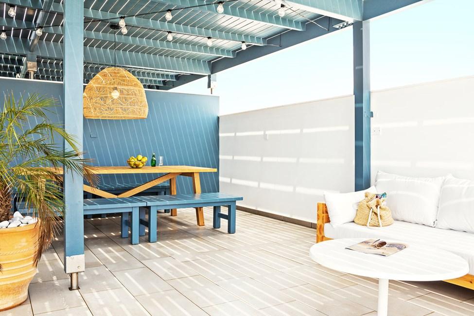 3-værelses Club Suite med stor balkon og tagterrasse med havudsigt
