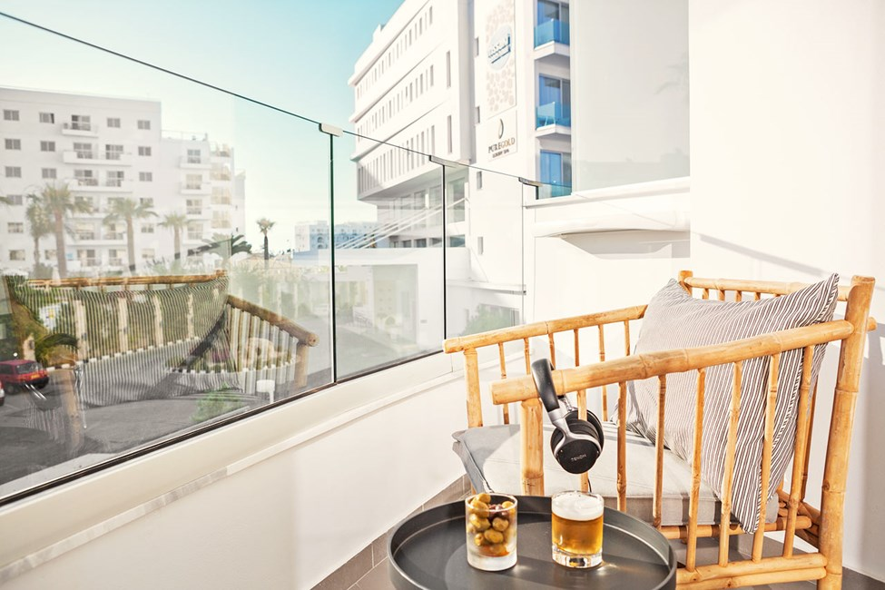 Dobbeltværelse Classic Room med balkon mod omgivelserne