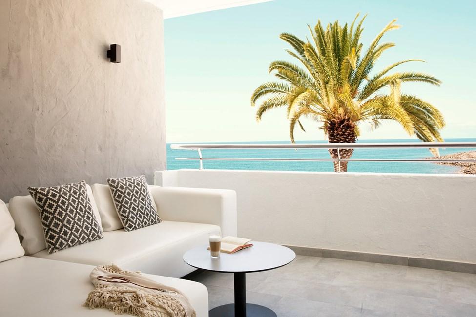 2-værelses Club Suite med balkon og havudsigt