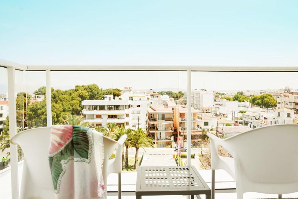 Classic Room med balkon mod omgivelserne