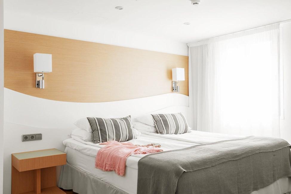 Prime Lounge Suite med stor balkon med havudsigt