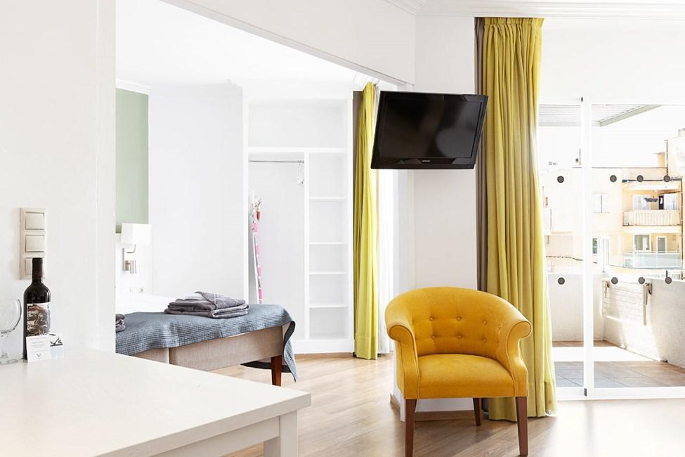 1-værelses Junior Suite med balkon mod poolområdet