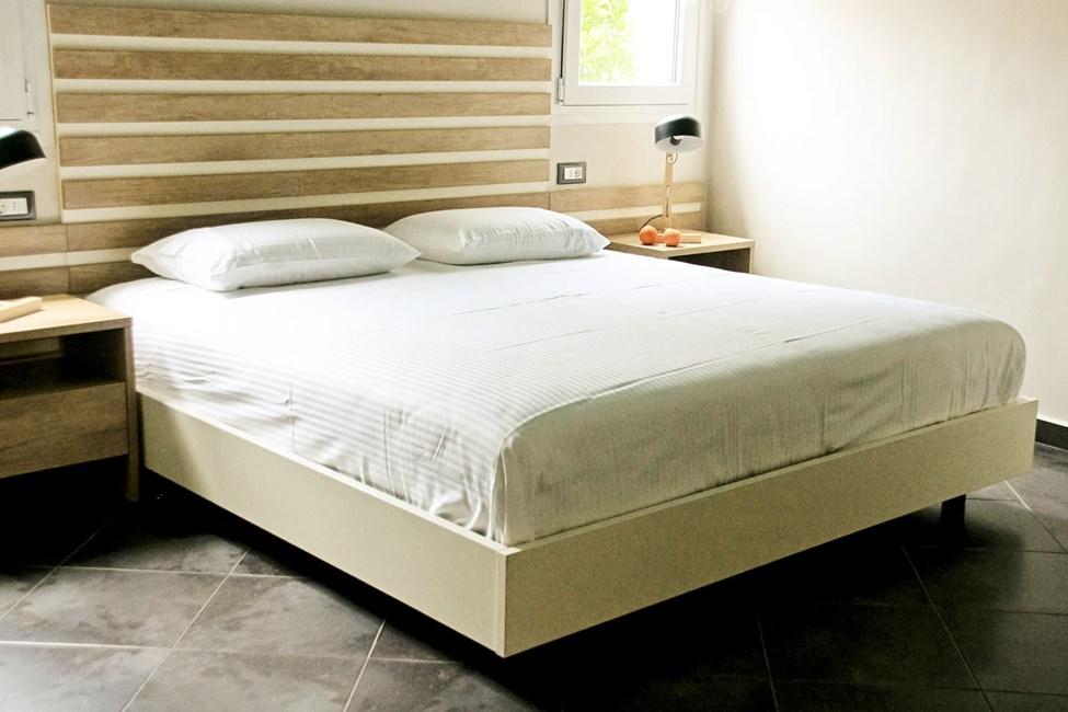 2-værelses lejlighed med begrænset havudsigt og mulighed for ekstra opredninger
