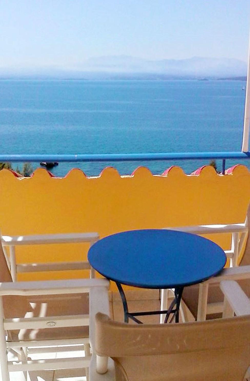 1-værelses lejlighed med balkon og havudsigt