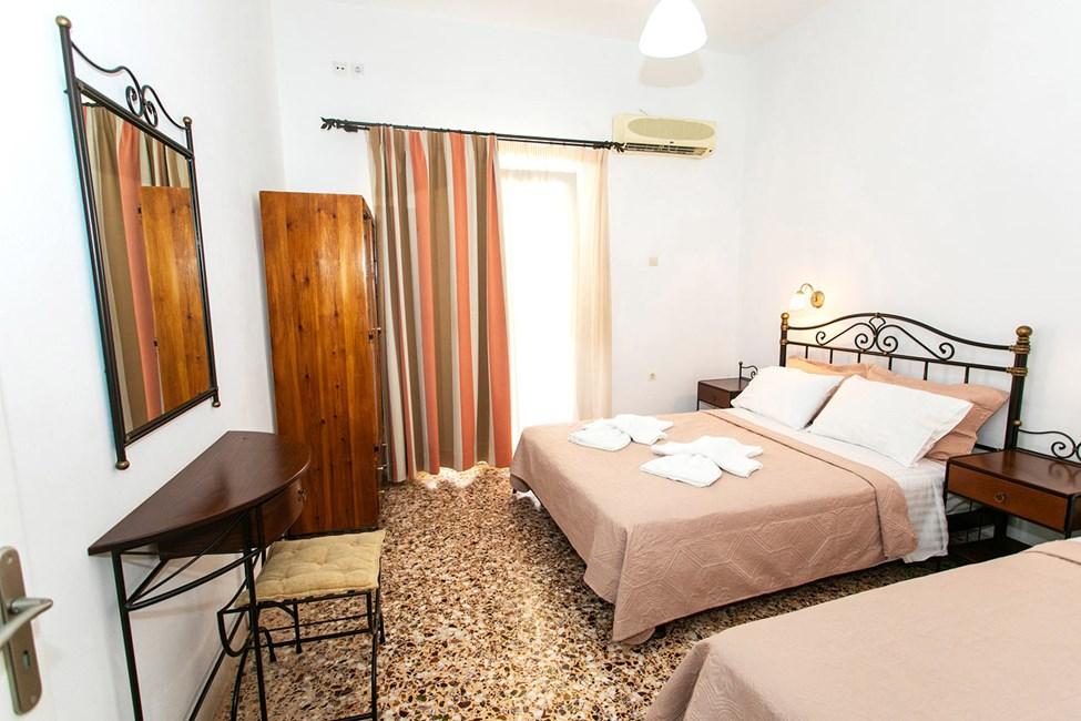 Større 1-værelses lejlighed med mulighed for ekstra opredning