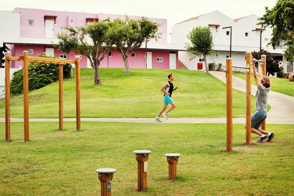 Sunwing Kallithea Beach har en udendørs motionsbane til funktionel træning