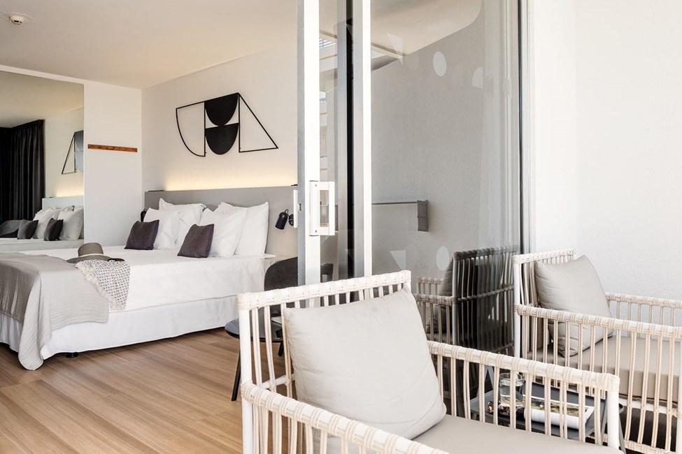 1-værelses Classic Suite med balkon mod poolområdet