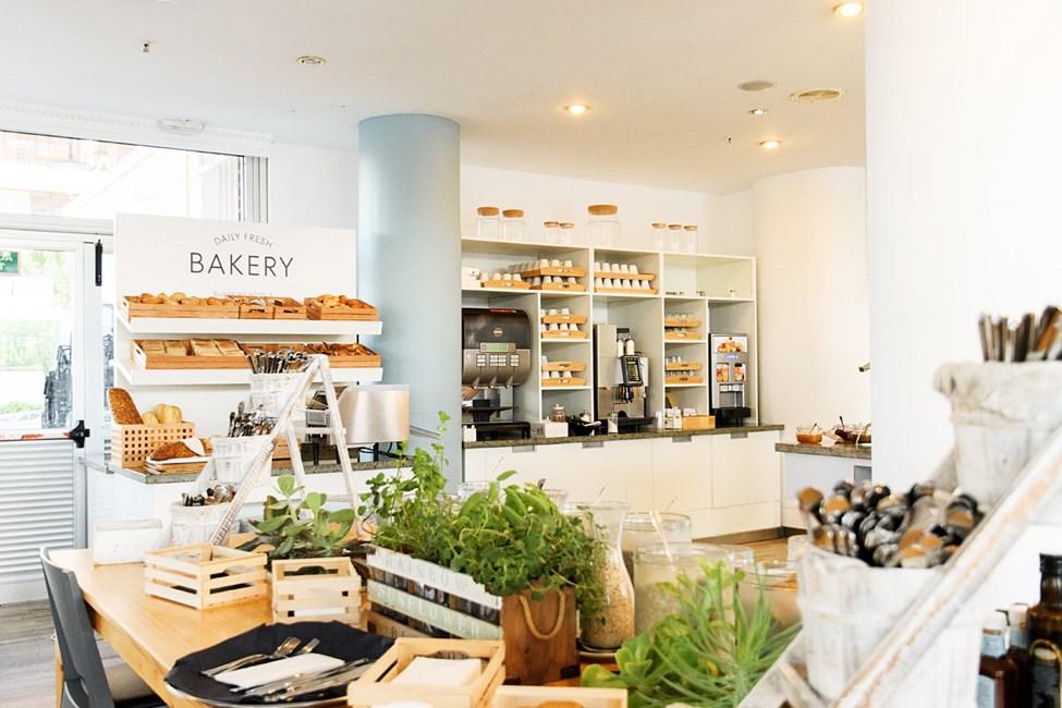 Hvem sætter ikke pris på friskbagt brød og nylavet kaffe?