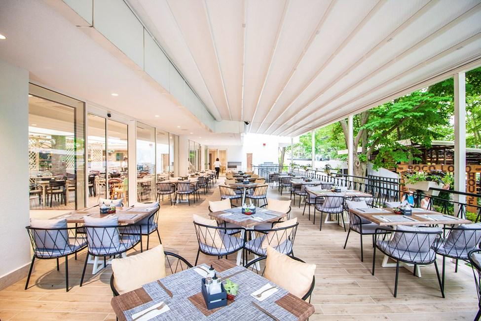 Buffetrestauranten 150 meter fra hotellet, hvor eventuelle måltider indtages.