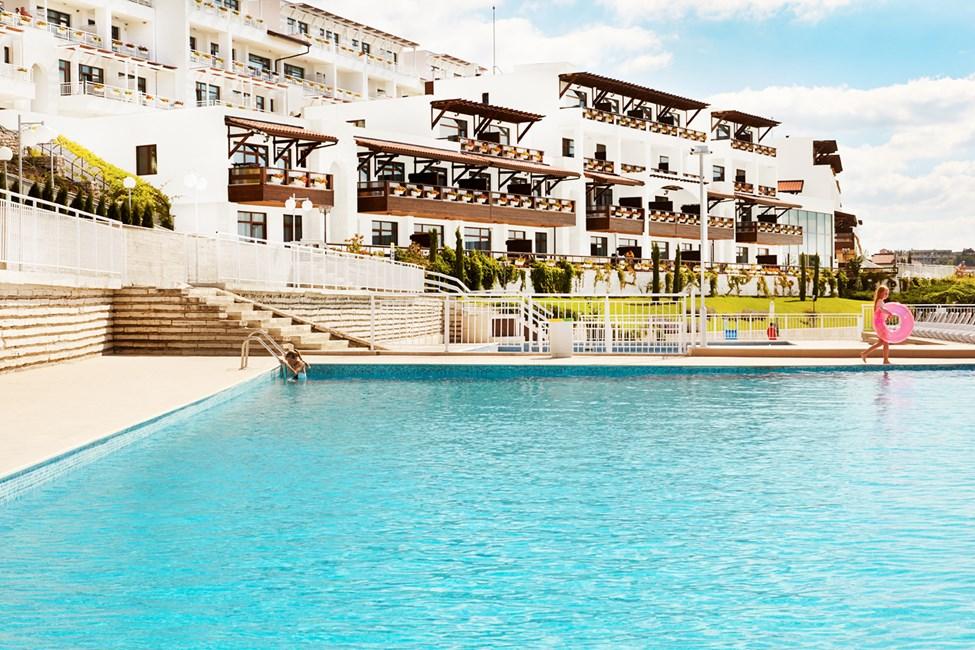 Nyd poollivet på White Lagoon Beach