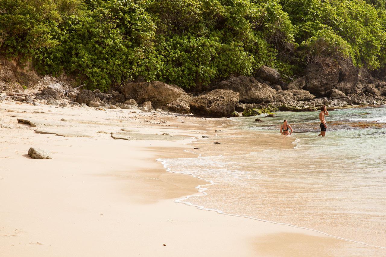 Nusa Dua - Uluwatu Beach