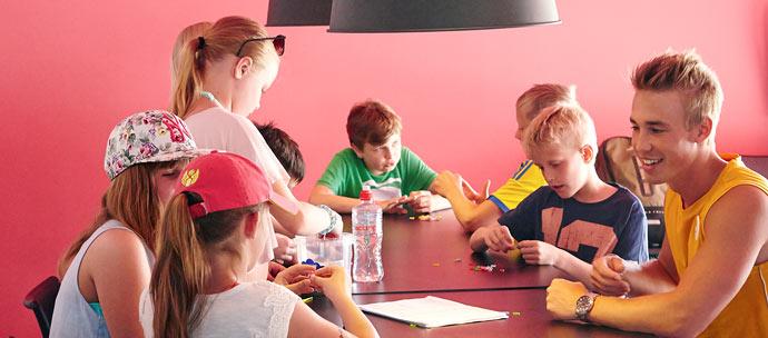 Aktiviteter for unge